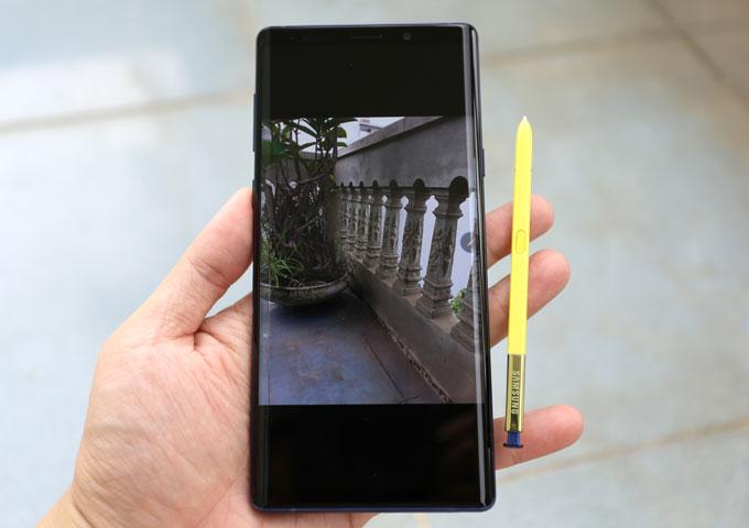 Ba điểm mới giúp S Pen diễn ảo thuật trên Galaxy Note 9 - 1