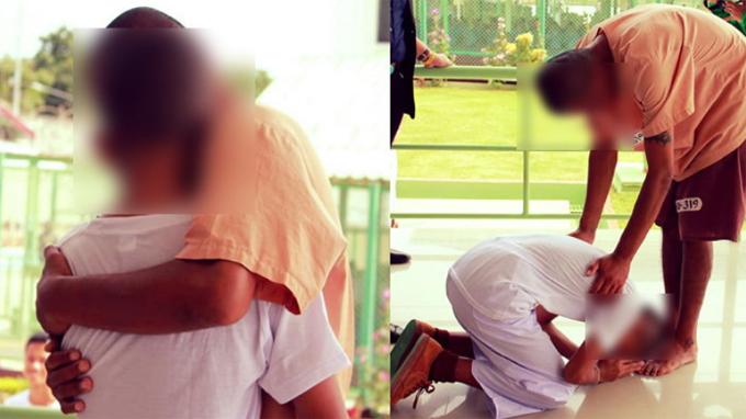 Nam sinh Thái Lan (không rõ tên) trùng phùng với bố trong tù ở tỉnh Rayong khi đi tham quan cùng trường cuối tuần qua. Ảnh: Facebook.