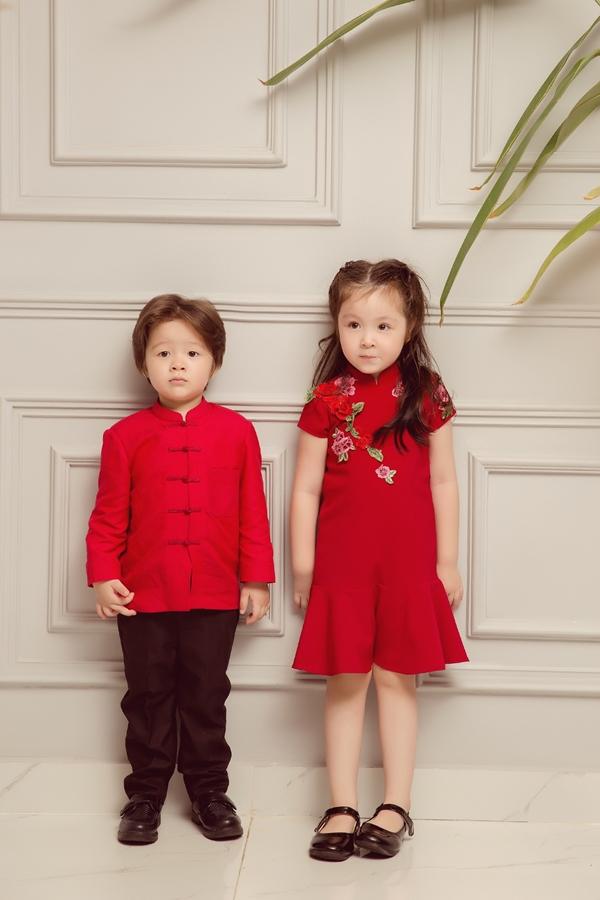 Vẻ đáng yêu của hai nhóc tỳ nhà Elly Trần.