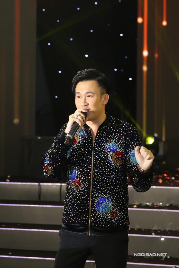 Bản sao Hoa hậu Jennifer Phạm nhảy sôi động với hit của Chi Pu - 7