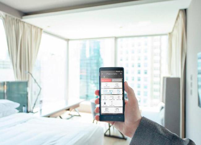 Điện thoại Handy giúp tiết kiệm chi phí kết nối internet khi ở nước ngoài đồng thời là sổ tay du lịch bản địa dành cho du khách.