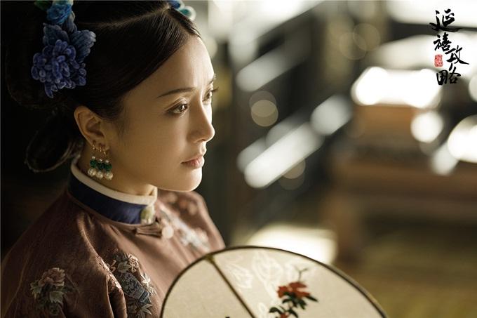 Không tự tin hóa thân thành cô gái ngoài 20, Tần Lam chủ động nhận ít phim.