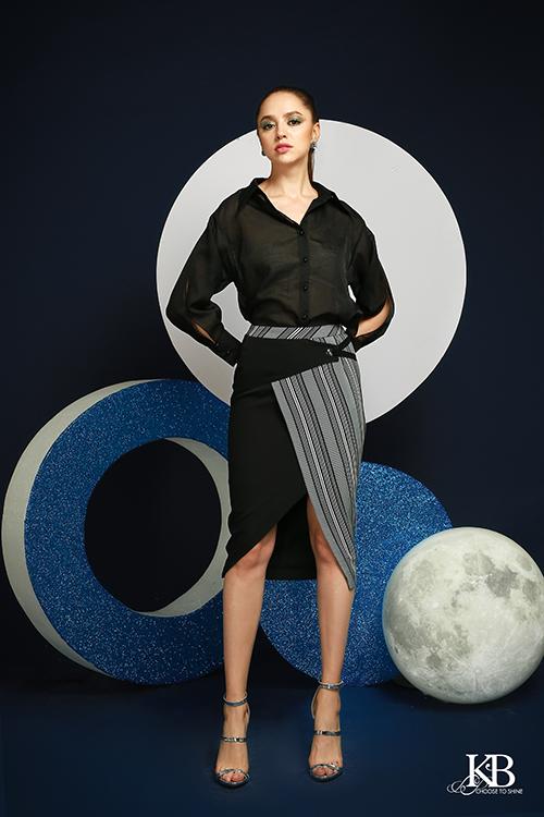 Đây cũng là ần đầu tiên, KB Fashion ứng dụng chất liệu tơ tự nhiên đã qua xử lý khử chì vào sản phẩm.