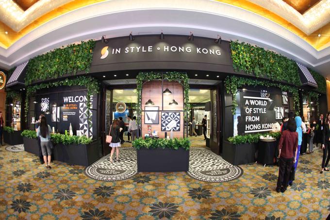 130 thương hiệu đến từ các nhà sản xuất và thiết kế hàng đầu Hong Kong sẽ tham dự triển lãm In Style. Hong Kong, trong đó có nhiều hãng thời trang cao cấp.
