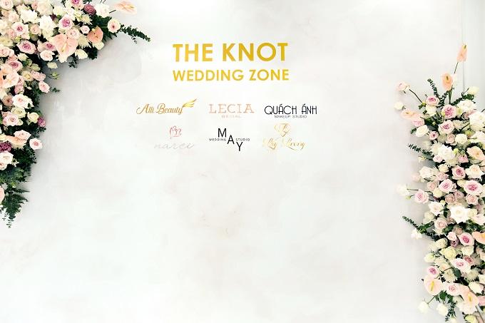 Với 6 thương hiệu đình đám trong ngành cưới: Váy cưới Lecia Bridal, Chụp ảnh cưới May Studio, Makeup cưới Quách Ánh, Trang sức cưới Lily Luxury, Thiệp cưới Flocat và Váy tiệc Narci by Lecia, các cặp đôi không cần đi đâu xa mà vẫn có thể chuẩn bị một đám cưới hoàn hảo tại The Knot Wedding Zone.