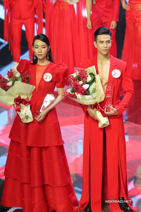 Đông Hạ và Văn Bảo là hai thí sinh giành được giải đồng Siêu mẫu VN 2018.