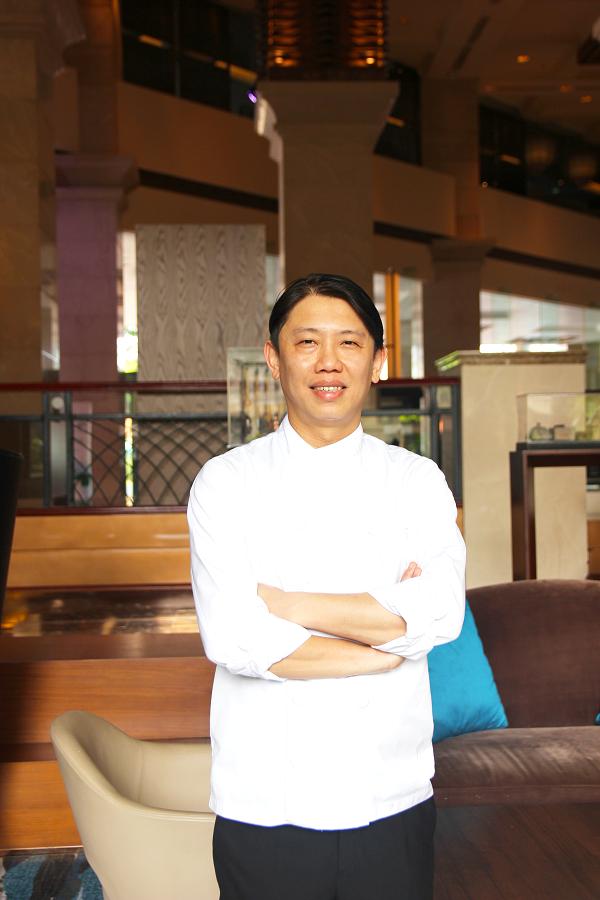 Travis Loh là một bếp trưởng tài ba và nổi tiếng với món ăn Quảng Đông.