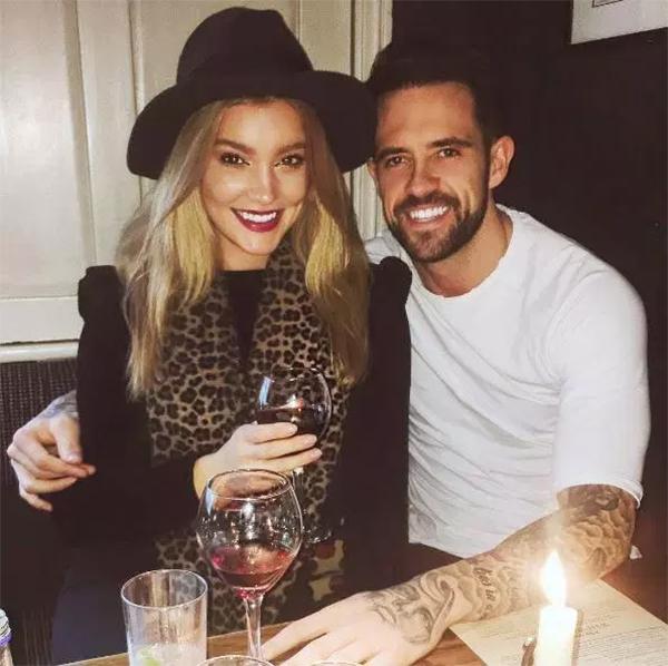Danny Ings và bạn gáiGeorgia Gibbs khi còn mặn nồng. Ảnh: Instagram.
