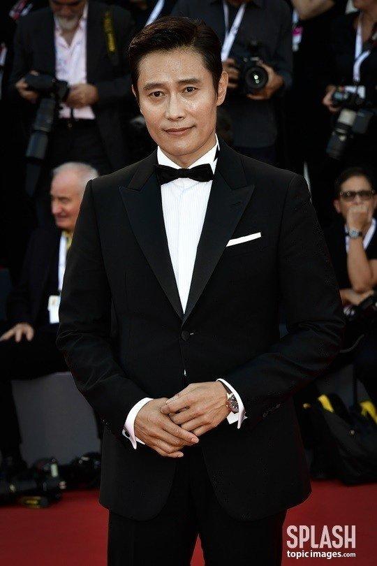 Lee Byung Hun tại Liên hoan phim Quốc tế Venice 2018.