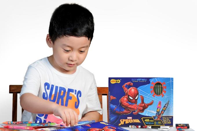 Truyền cảm hứng học tập cho bé với đồ dùng học tập Spider-Man - 1