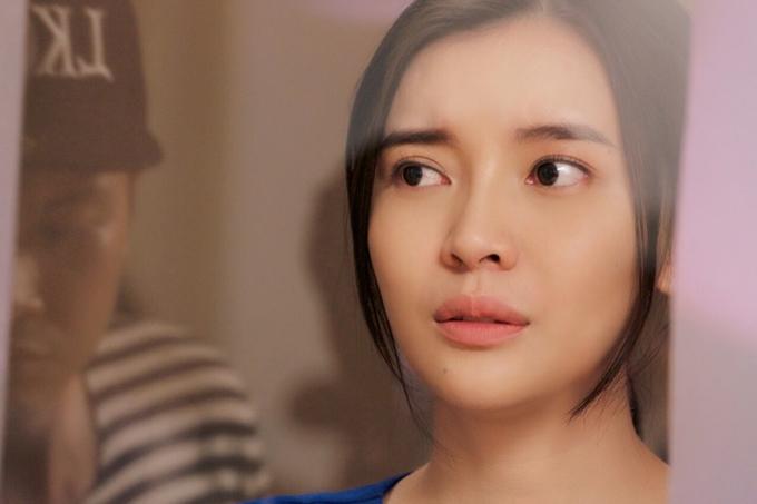 Thời điểm nhà sản xuất công bố dàn diễn viên, Cao Thái Hà gặp nhiều áp lực, thậm chí mất ngủ. May mắn, cô nhận được sự động viên lớn từ Song Luân - người đóng vai nam chính.
