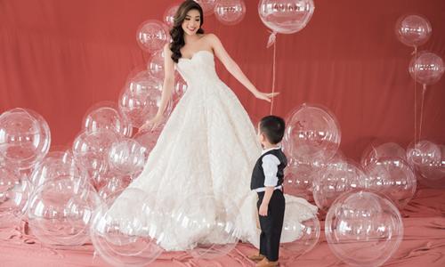 Phan Hoàng Thu hóa thân thành cô dâu quyến rũ bên con trai