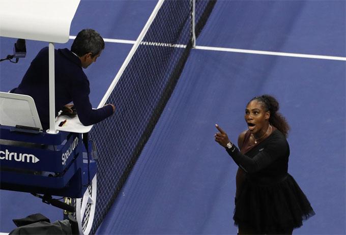 Serena gây sự cố ở Mỹ mở rộng 2018. Ảnh: NN.