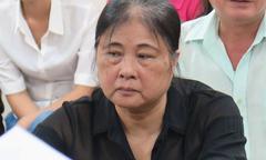 Bà giáo về hưu lĩnh 16 năm tù vì lừa 'chạy án', xin việc