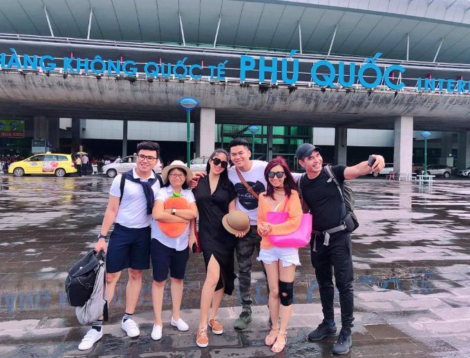 Vợ chồng diễn viên Lê Phương cùng Trung Dũngvà bạn bè rủ nhau đi chơi Phú Quốc.