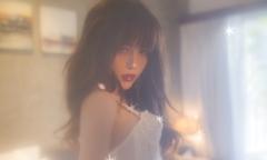 Thiều Bảo Trâm học phong cách gợi cảm của sao Hàn HyunA