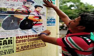 Chàng trai Ấn Độ làm phim, dán 4.000 poster tìm cô gái vô tình gặp trên tàu