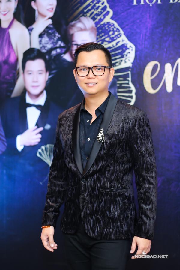 Đạo diễn Long Kan tiết lộ anh cùng êkípsẽ mang đến những màn trình diễn nghệ thuật mãn nhãn, thăng hoa về cảm xúc. Long Kan từng thực hiện Đại nhạc hội Son thành công ở Hà Nội, thu hút 3.500 khán giả.