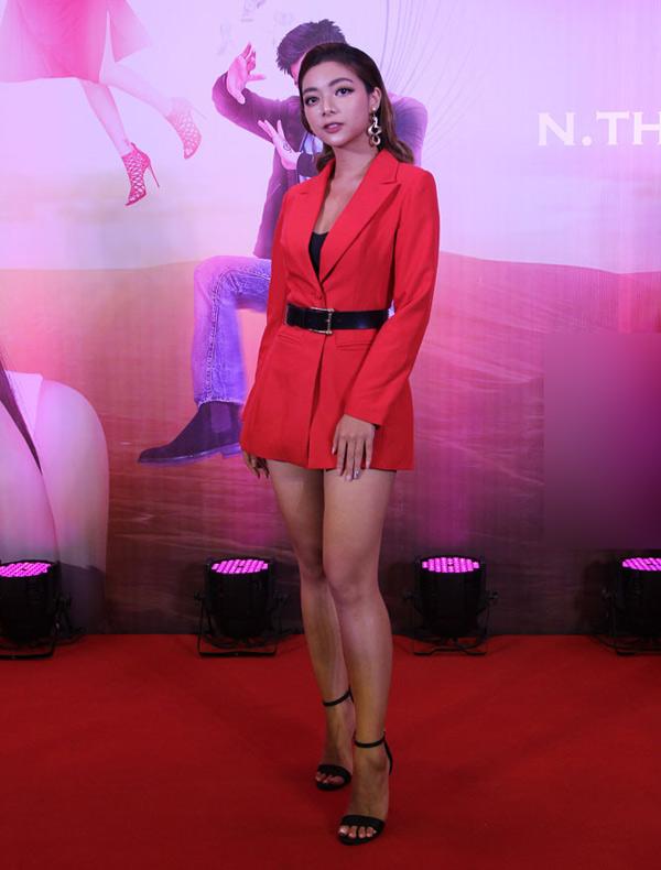 Katleen Phan Võ - con gái đại võ sư Nam Anh phái Vịnh Xuân - cũng là khách mời trong sự kiện này.