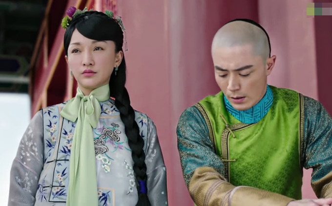Tạo hình của Châu Tấn và Hoắc Kiến Hoa bị chê trong hai tập đầu phim Như Ý truyện. Ảnh: QQ.