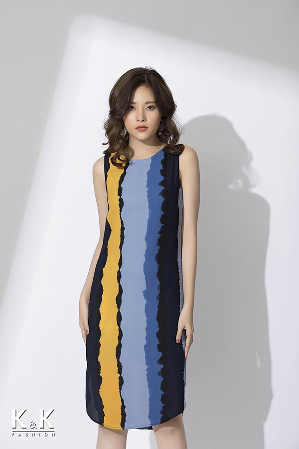 Đầm suông nhiều màu sắc nổi bật HL03-39 giá 420.000 đồng.