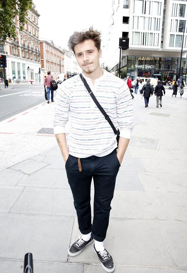Brooklyn vừa xuất hiện trên phố London, khi có chuyến về thăm nhà từ Mỹ. Tại Los Angeles, cậu cả đang theo học trường nghệ thuật chuyên ngành nhiếp ảnh - chính là đam mê lớn của anh.
