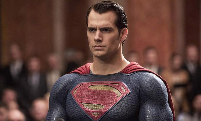 Rộ tin Henry Cavill không còn đóng SuperMan