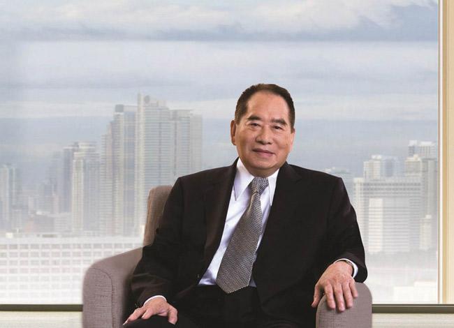 Ông Henry Sy được mệnh danh là ông vua bán lẻ của Philippines. Ảnh: SM.