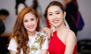 'Chị em' Phương Hằng - Thúy Ngân rủ nhau chơi gameshow của Trường Giang
