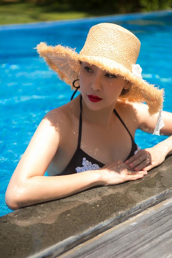 Hà Kiều Anh từng đăng quang Hoa hậu Việt Nam 1992 khi chỉ mới 16 tuổi. Sau 26 năm đăng quang, cô vẫn giữ được nhan sắc cuốn hút, trẻ trung.