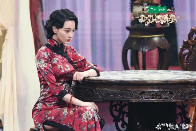 Trương Hinh Dư ăn tát