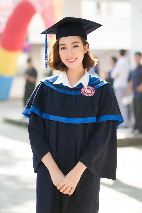 Đỗ Mỹ Linh tốt nghiệp Đại học trước khi trao lại vương miện