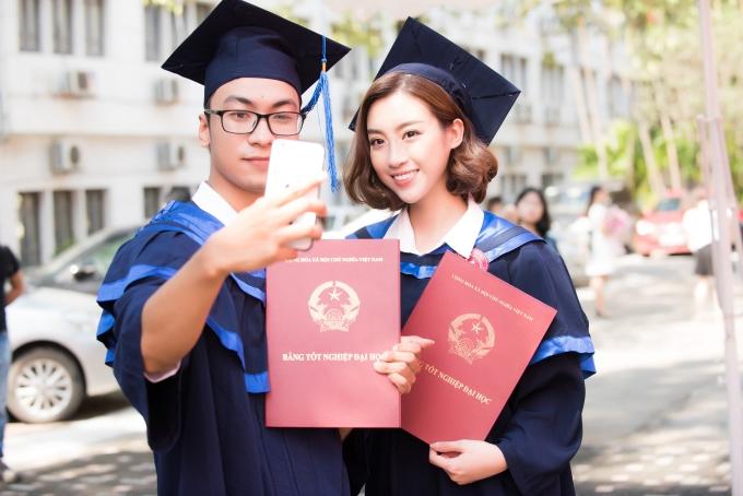 Đỗ Mỹ Linh tốt nghiệp Đại học trước khi trao lại vương miện - 9
