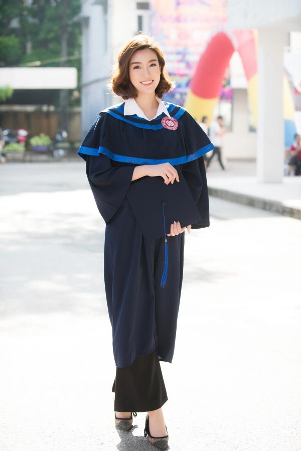 Đỗ Mỹ Linh tốt nghiệp Đại học trước khi trao lại vương miện - 1