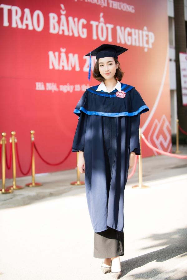 Đỗ Mỹ Linh tốt nghiệp Đại học trước khi trao lại vương miện - 2