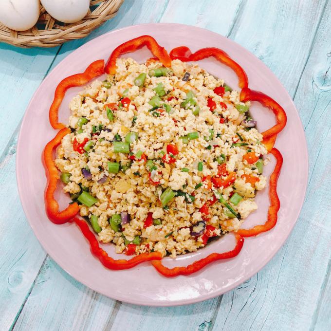 Trứng chiên tôm đơn giản mà ngon cơm - 1