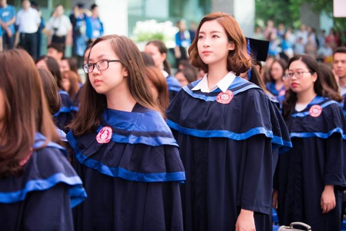 Đỗ Mỹ Linh tốt nghiệp Đại học trước khi trao lại vương miện - 4