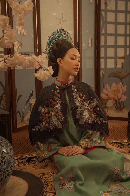 Nàng thơ xứ Huế mang tiếng cosplay phim cung đấu Trung Quốc khi quảng bá áo dài - 2