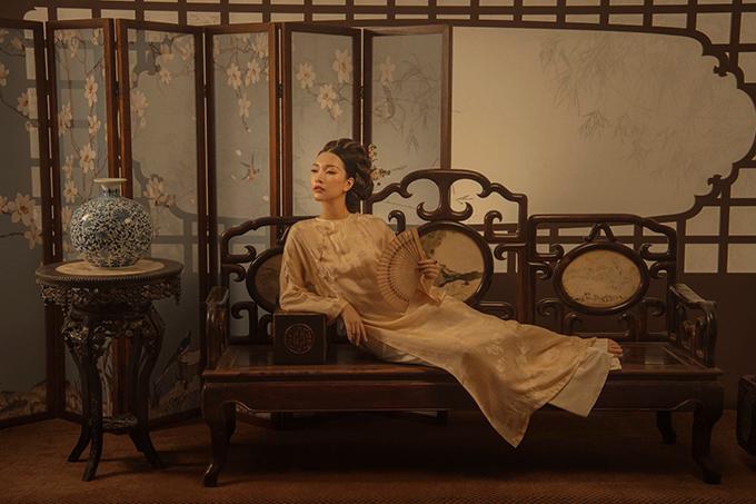 Fan của phim Nàng dae jang geum khẳng định, kiểu tóc của Ngọc Trân mang đậm dấu ấn của phong cách phim cổ trang Hàn Quốc.