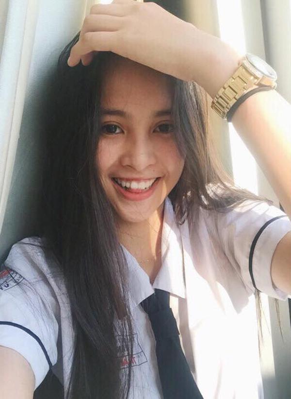 Chuyên trang sắc đẹp quốc tế đánh giá như thế nào về nhan sắc Hoa hậu Trần Tiểu Vy?