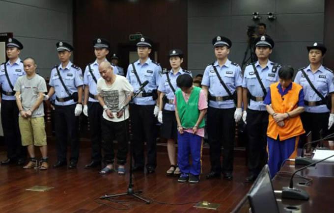 4 bị cáo tại phiên tòa xét xử hôm 14/9, khi cả 4 đều bị tòa tuyên án tử hình. Ảnh: Qingdao Intermediate Court.