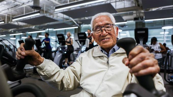 Ông Henry Tseng đến phòng gym mỗi ngày dù đã tuổi 111.