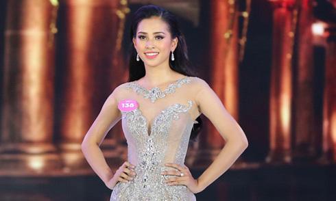 Nhà thiết kế tiết lộ Trần Tiểu Vy mặc váy 150 triệu khi đăng quang