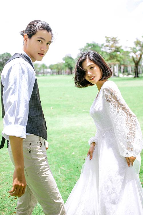 Nhiếp ảnh gia Viên Diệu Phát đã nhờ đến sự trợ giúp của diễn viên Đoàn Đạt và Hồ Phương Nhi để thực hiện bộ hình.