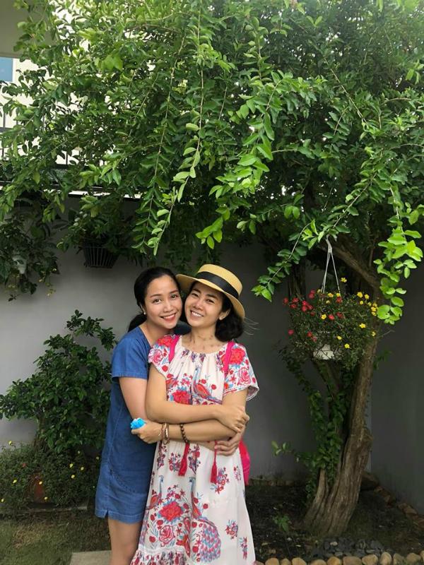 Ốc Thanh Vân đưa Mai Phương đi chơi thư giãn