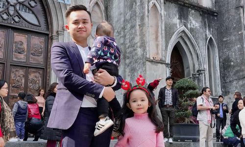 """Ông bố Hà Nội tuyên bố sẽ không bao giờ lặp lại cách """"để con khóc chán rồi tự nín"""""""