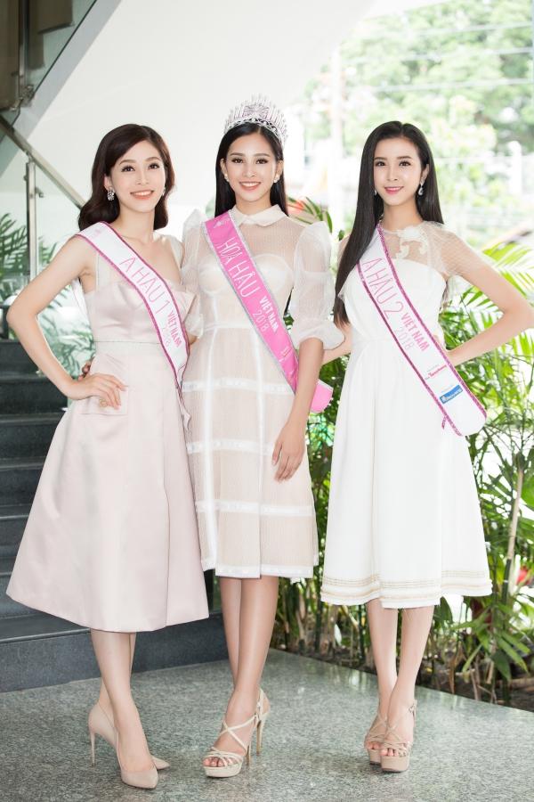 Top 3 Hoa hậu Việt Nam 2018 đọ sắc bên nhau.