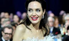Angelina Jolie bị đồn sắp làm đám cưới bí mật với tỷ phú Anh