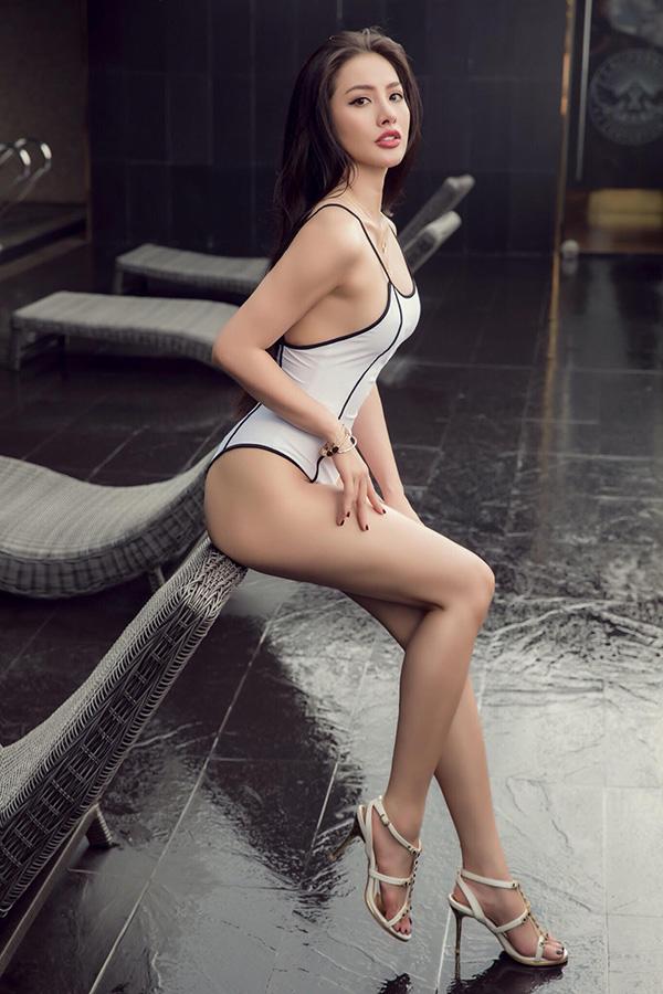 Yaya Trương Nhi đam mê tập gym, boxing và Muay Thái. Bên cạnh thói quen tập luyện, Yaya Trương Nhi còn áp dụng chế độ ăn uống lành mạnh để giữ dáng.