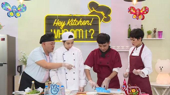 Trong phần so tài này, để đảm bảo tính công bằng, bếp trưởng Alain Nghĩa sẽ chỉ phụ giúp Gil Lê những công việc lặt vặt. Anh hoàn toàn không được góp ý kiến hay tham gia vào việc trang trí bánh.